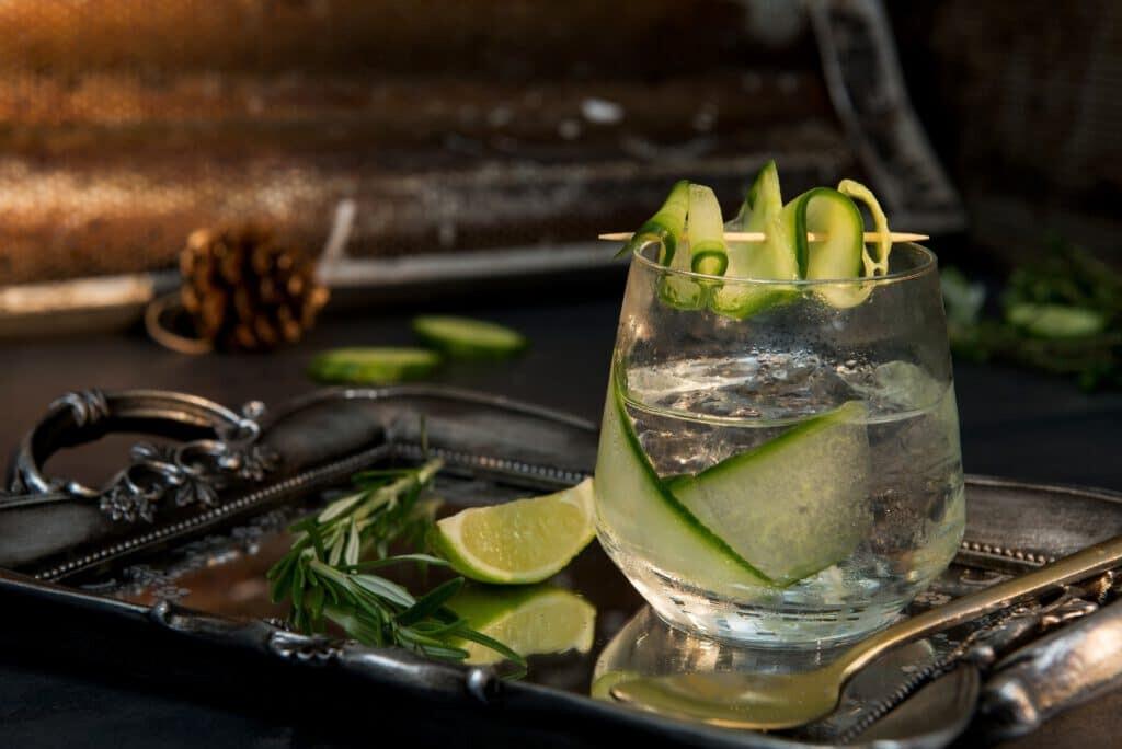 Teurer Gin